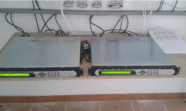 CABECERA Y REPETIDOR DE SEÑAL DE TELEVISION EN CASTARAS